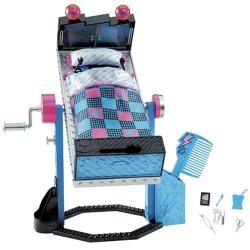 Mattel Monster High FRANKIE STEIN BED
